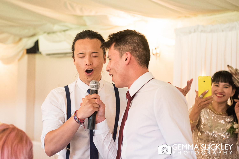 wedding-singing-at-moorlands-inn.JPG