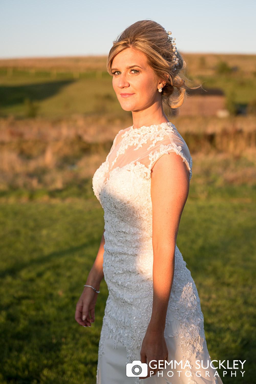 bride-portrait-at-moorlands-inn-golden-hour.JPG