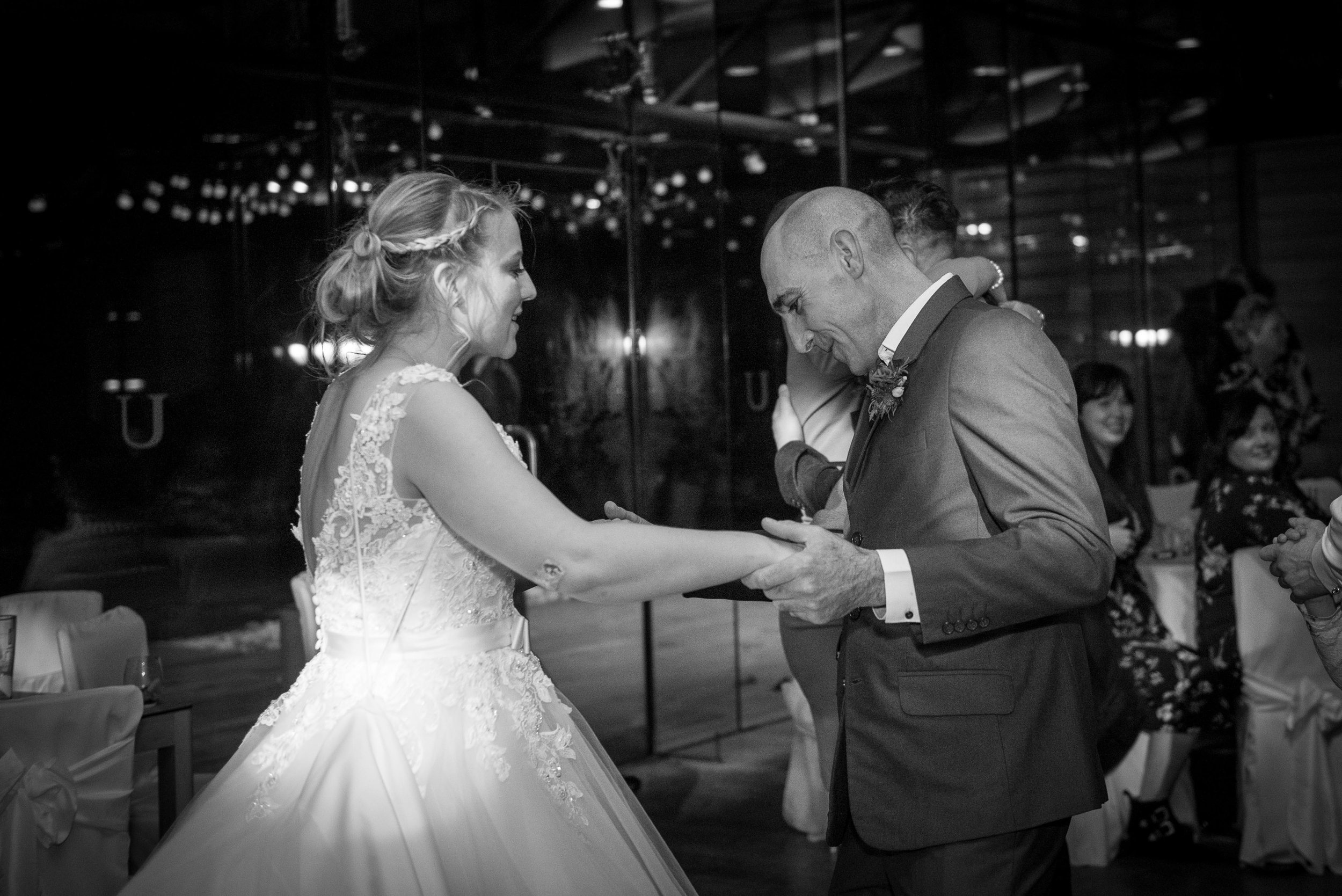 skipton-wedding-photographer-at-utopia.1.jpg