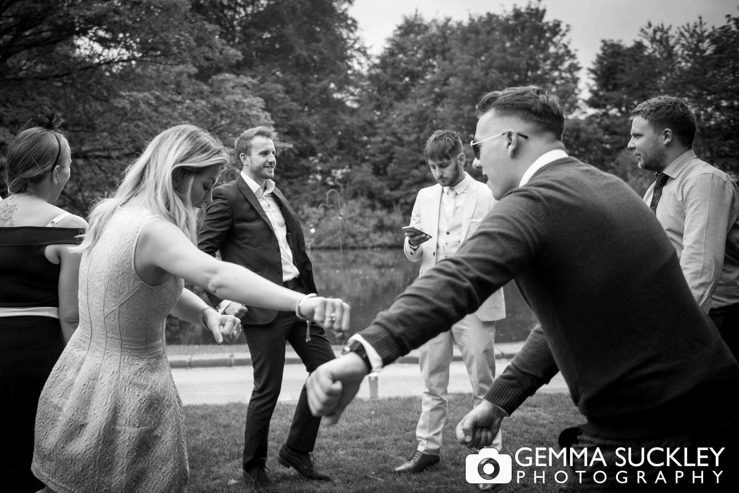 natural-wedding-photography-east-riddlesden-hall.jpg