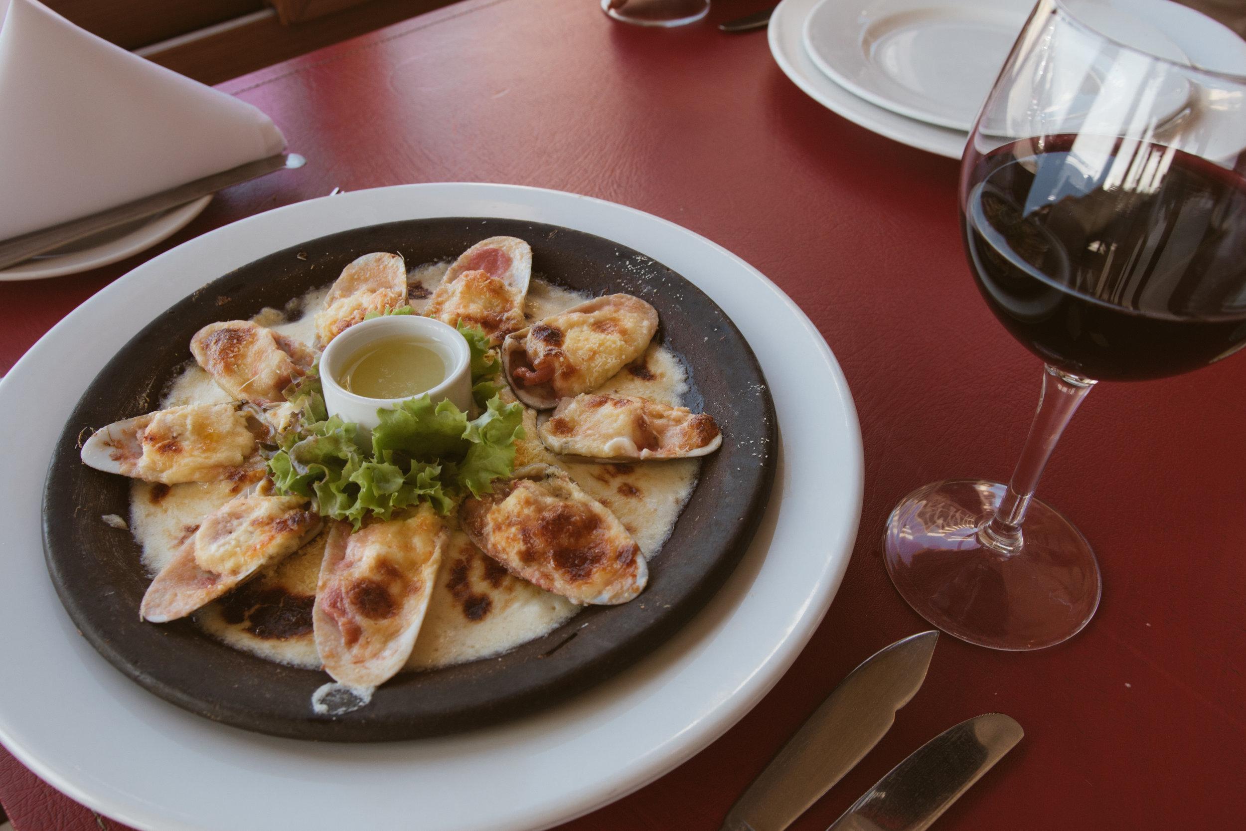Nuestra versión de la clásica receta, Machas a la Parmesana.