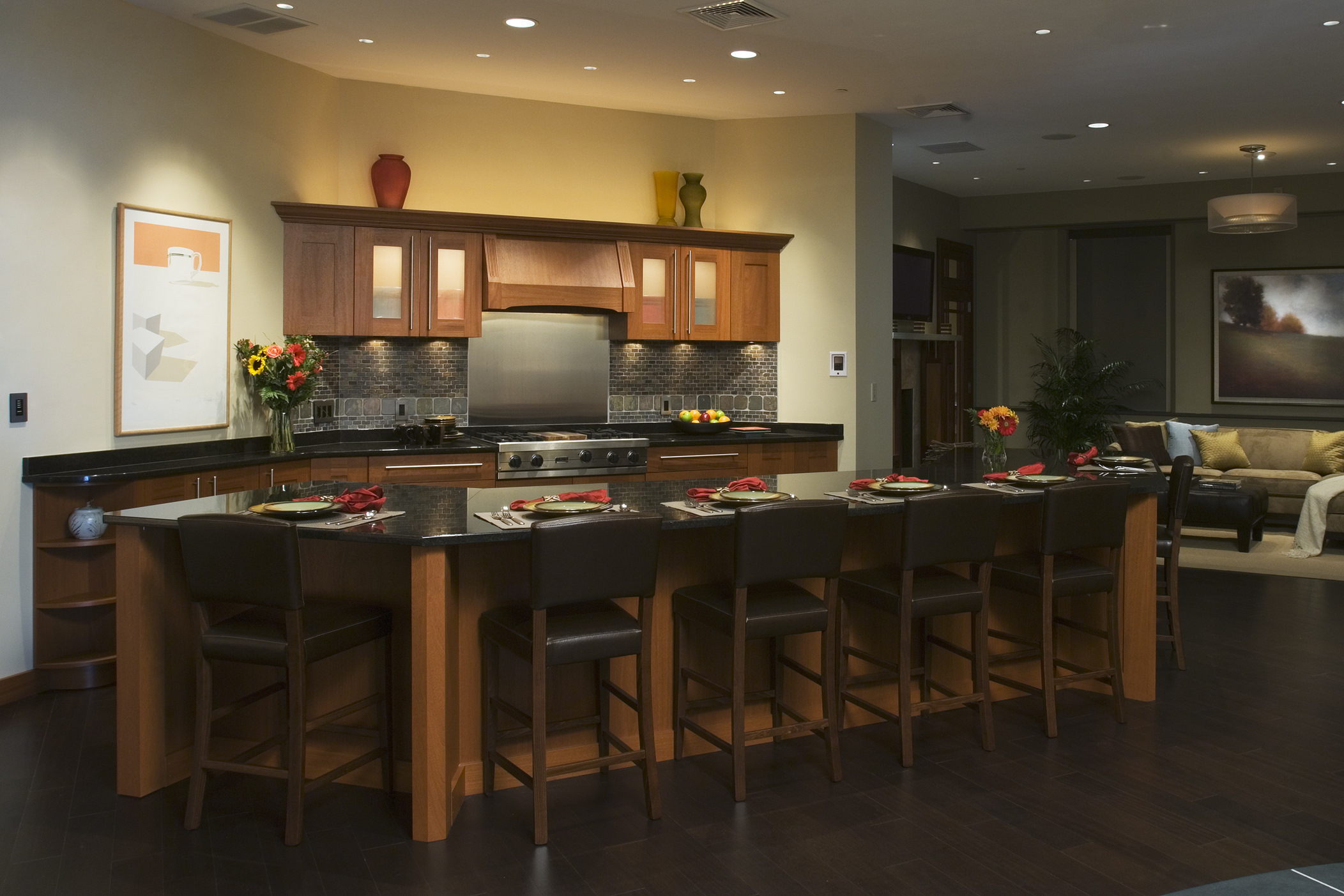 Kitchen with a Dining Bar