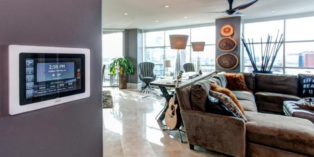 RTI KX7 touchpanel and living room