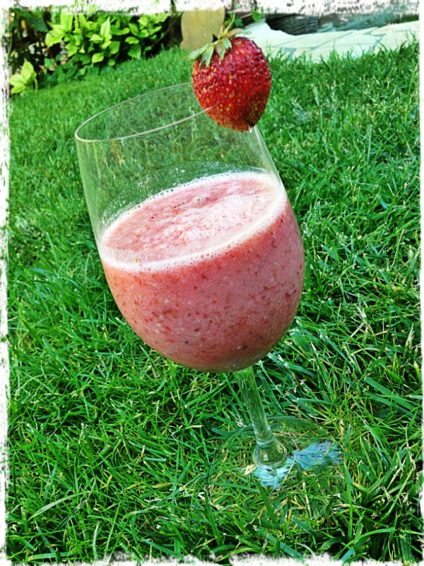 Strawberry-Banana Smoothie @our garden