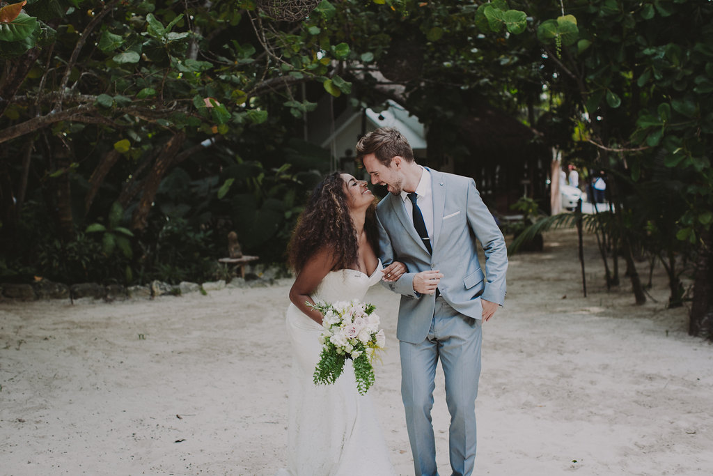 casa_violeta_wedding_tulum_photography_planner_rock_and_roll_chellisemichaelphotography_kerrybeachevents-6760.jpg