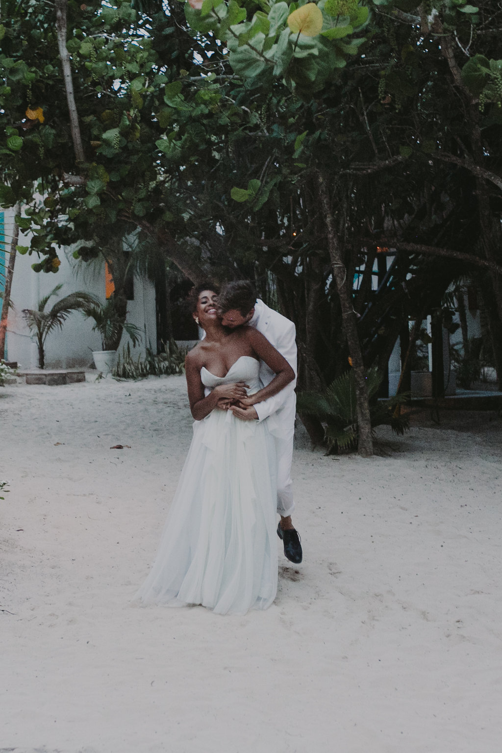 casa_violeta_wedding_tulum_photography_planner_rock_and_roll_chellisemichaelphotography_kerrybeachevents-8518.jpg