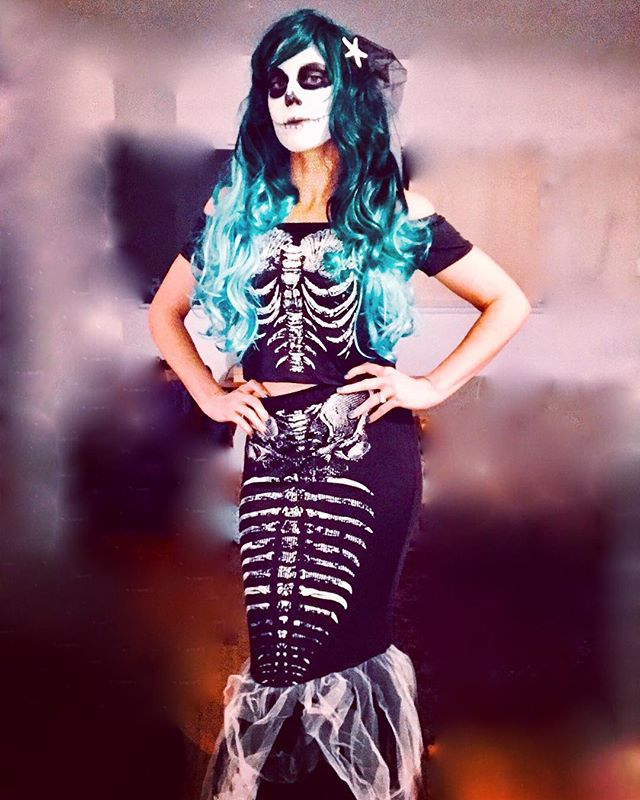Boo. #dead #mermaid 💀🐟✨