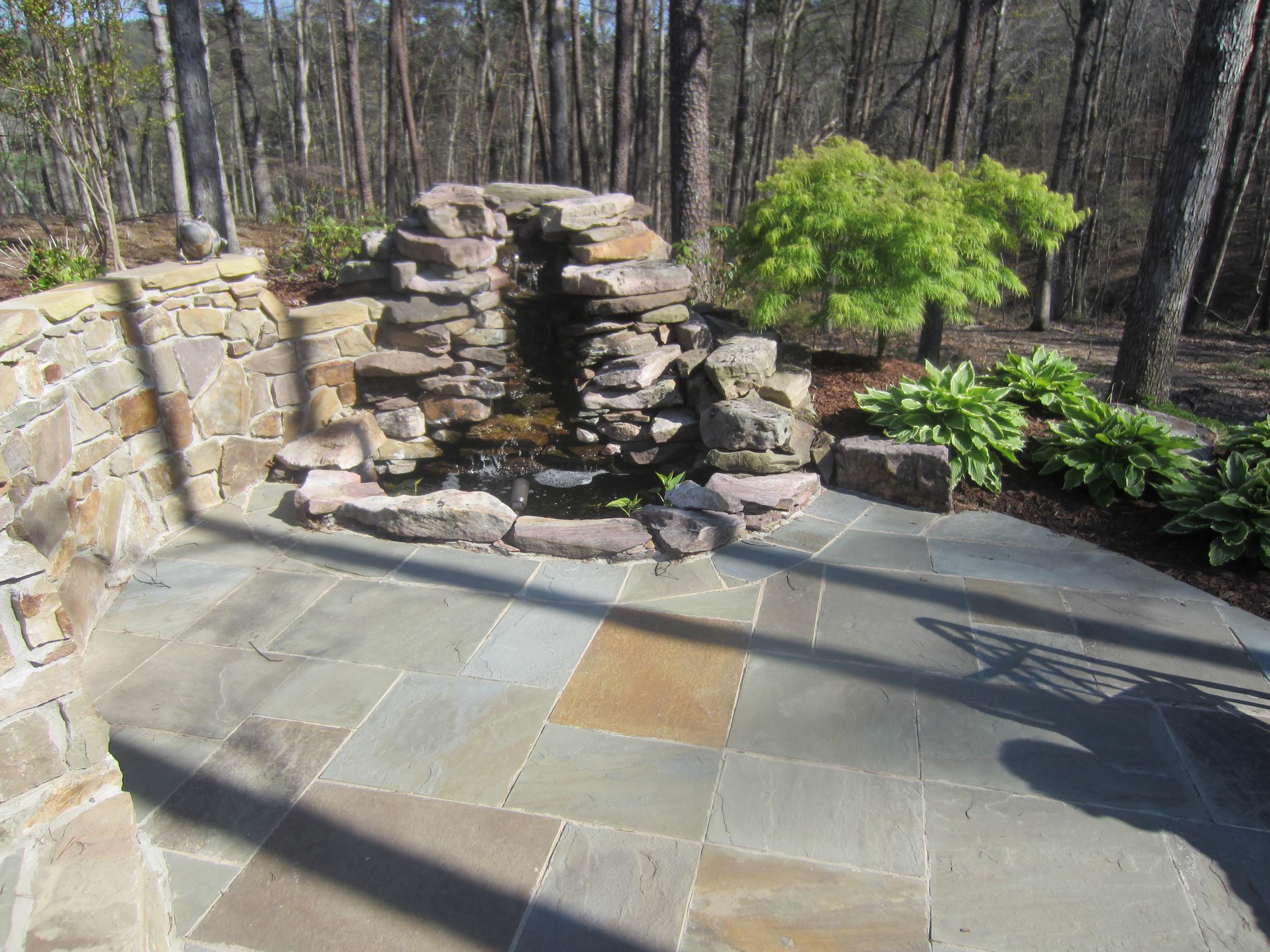 Water Garden Designs by Tharpe - Patios 004.JPG