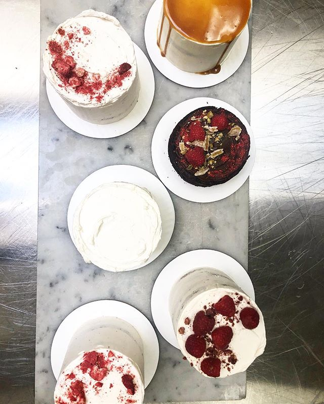 Cake Tastings. Still taking bookings for wedding cakes this season. Email me for inquiries and cake tastings 🍰 • • • #cakesofinstagram #caketasting #cake #cakes #yyjcake #yyjbride #yyjweddings #yyjweddingcake #yyjwedding #yyjfood #yyj #minicakes #yyjbridal