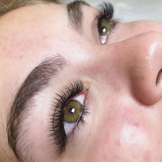 A Hybrid Lash set by @rachellesbeautybar . . . #yyj #yyjhair #yyjevents #yyjhairstylist #yyjlashes #yyjmakeupartist #yyjmakeup #yyjweddings #yyjbusiness #yyjbeauty #yyjfashion #yyjjobs #beautylife #makeupgirl #hairlover #bloggergirls #beautybloggerlife #salonlifestyle #greencirclesalon #beautysalons #explorevictoria #victoriabccanada #yyjnails #nailsalons #yyjmodel #vancouverislandlife #vancouverislandguide #victoriabc #downtownvictoria #yyjstyle