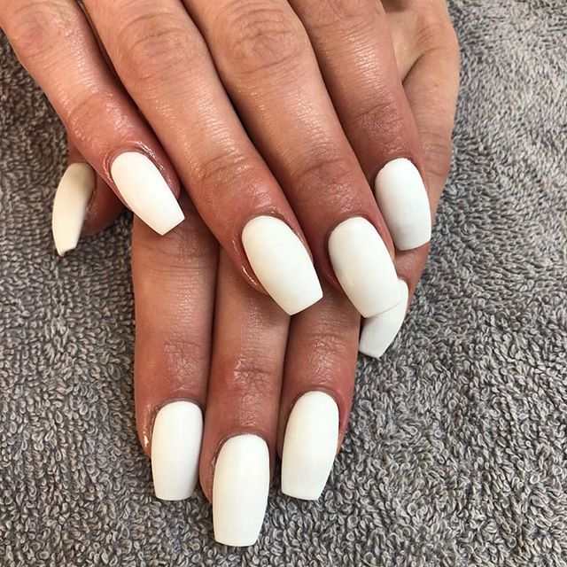 Talk about perfection. In love with these matte white gel nails by @rachellesbeautybar . . . . #yyj #yyjhair #yyjevents #yyjhairstylist #yyjlashes #yyjmakeupartist #yyjmakeup #yyjweddings #yyjbusiness #yyjbeauty #yyjfashion #yyjjobs #beautylife #makeupgirl #hairlover #bloggergirls #beautybloggerlife #salonlifestyle #greencirclesalon #beautysalons #explorevictoria #victoriabccanada #yyjnails #nailsalons #yyjmodel #vancouverislandlife #vancouverislandguide #victoriabc #downtownvictoria #yyjstyle