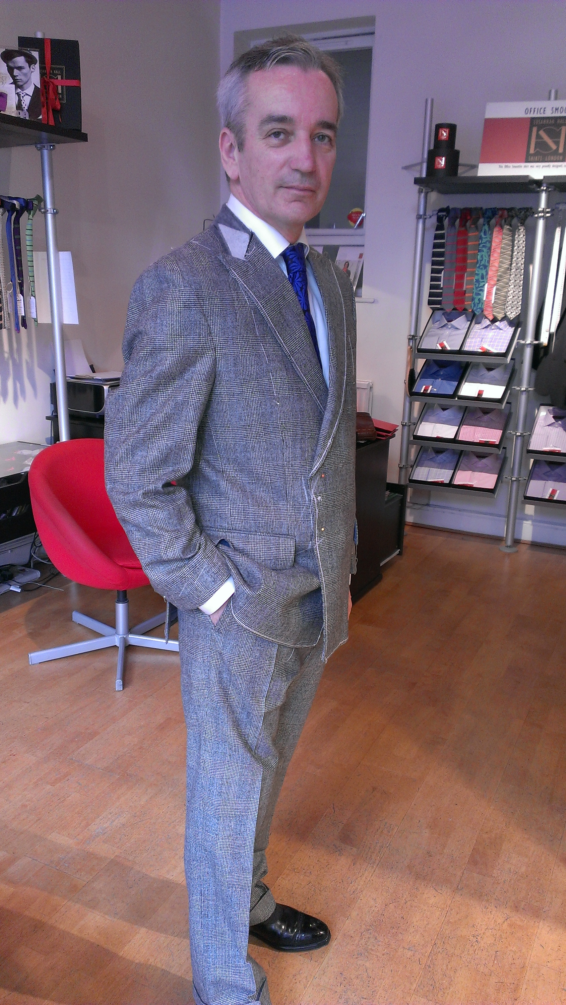 prince-of-wales-flannel-vintage-suit-fitting-all-uk-made.jpg