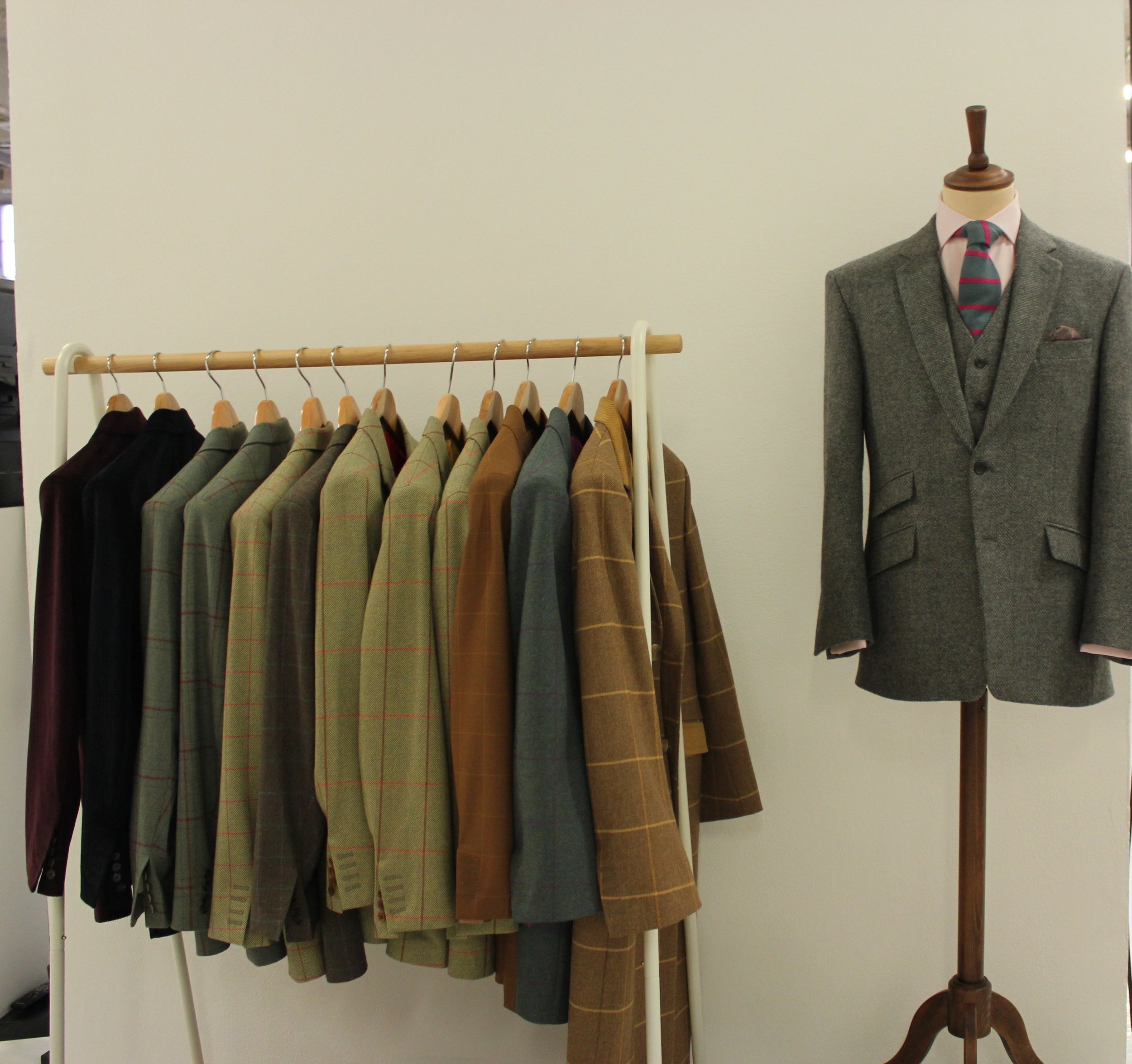tweed-jacket-all-uk-made-british-bespoke-tailor-grey-grenn-brown-over-check-herringbone-style.JPG