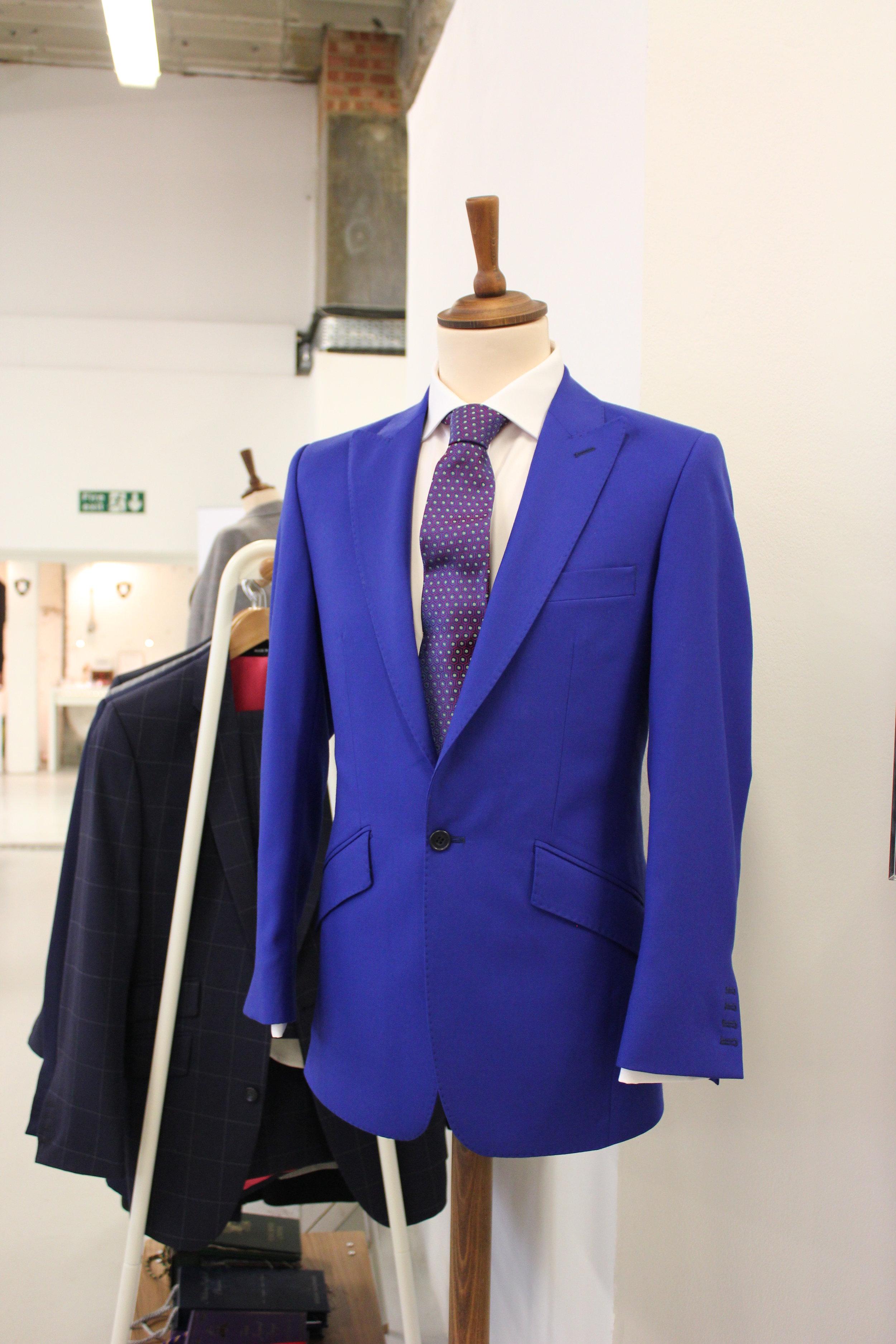 blue-british-all-uk-made-bespoke-tailor-harrisons-wool-bright-suit-augustus-hare-tie-menswear.JPG