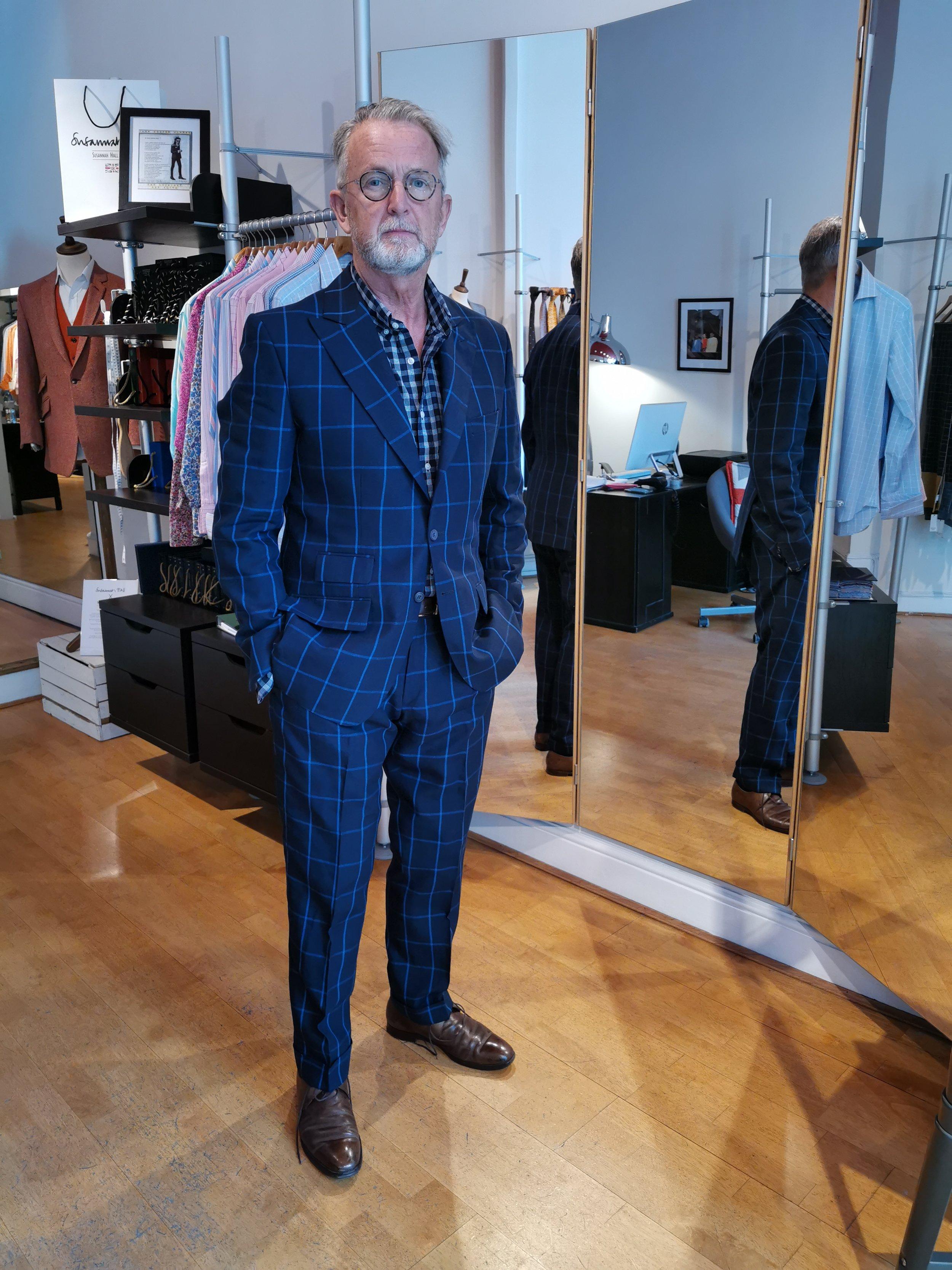susannah-hall-linen-suit-bespoke-tailor-made-britain-uk-bateman-ogden.jpg