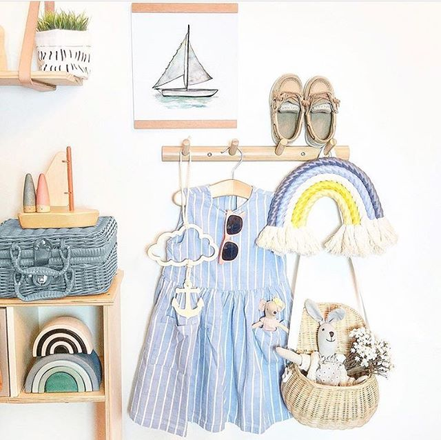I loved seeing my sailboat watercolor print in this sweet kids room design! Thank you @sunday_cottage for sharing!! #watercolor #kidsroom #kidsroomdecor #watercolor_art #etsyshop #etsyseller #etsysellersofinstagram #roominspiration #nurserydecor #kidsroomstyle #kidsroomideas