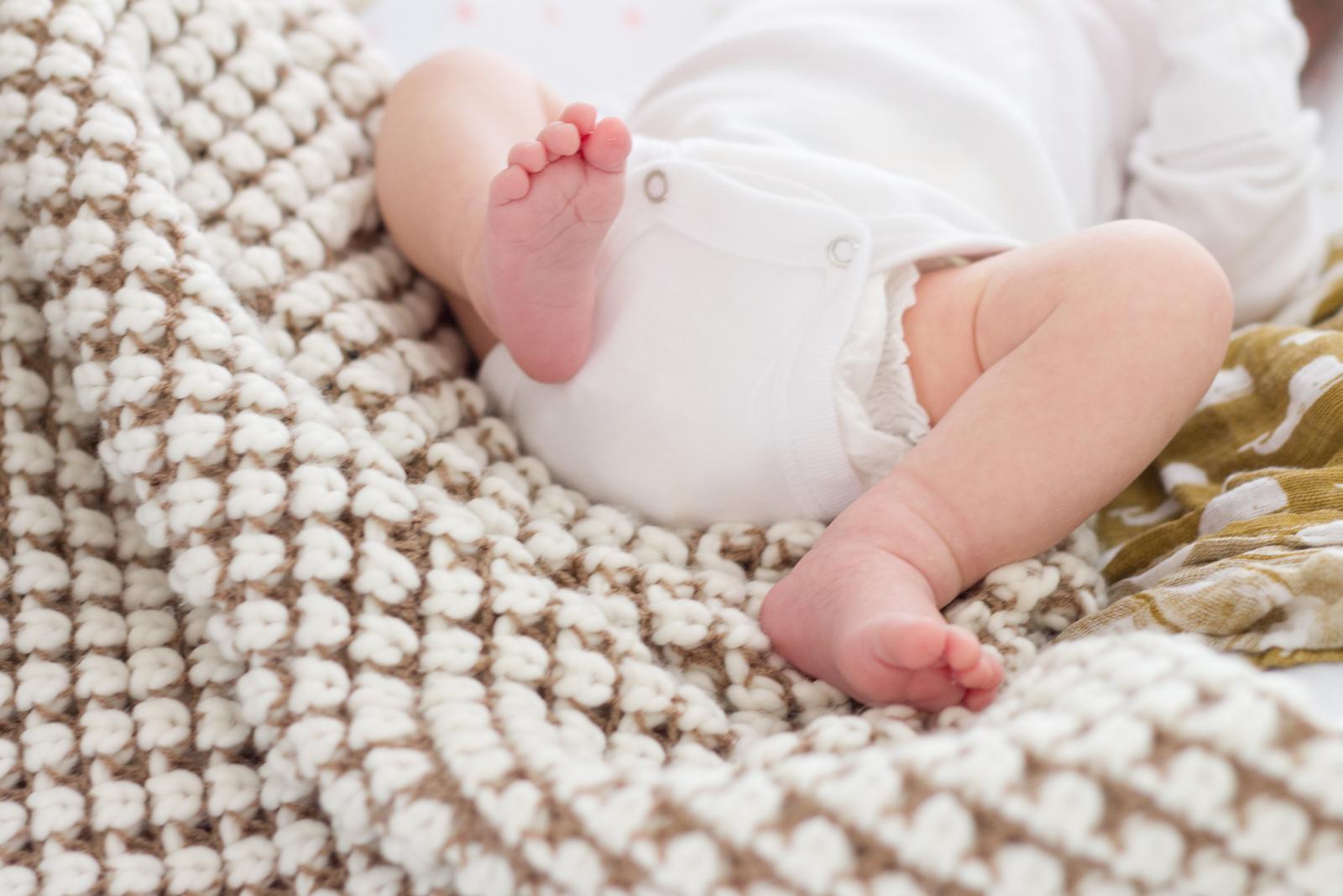 ella_newborn-172.jpg