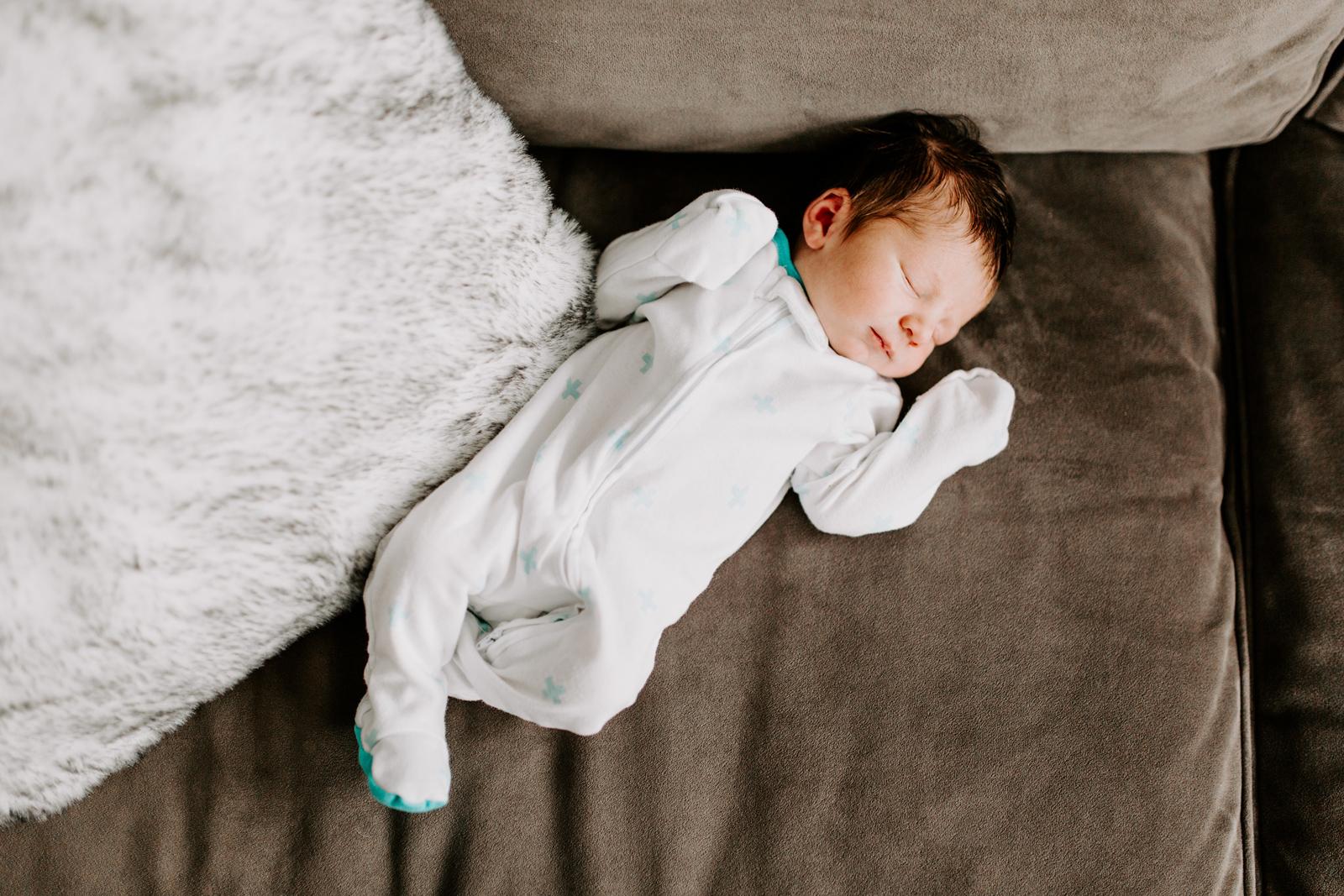 Riepe-Cam-newborn-26.jpg