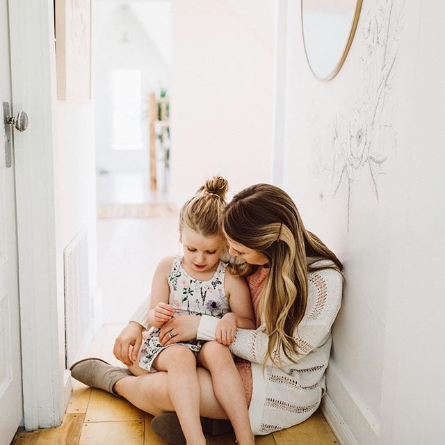 I know it's super late notice, but I'm planning motherhood mini sessions again this spring! Last year was so beautiful, and I love the thought of these memories captured for Mother's Day each year. More details to come, hopefully to your inbox this week if you're on my list. Who's in?! 🌿