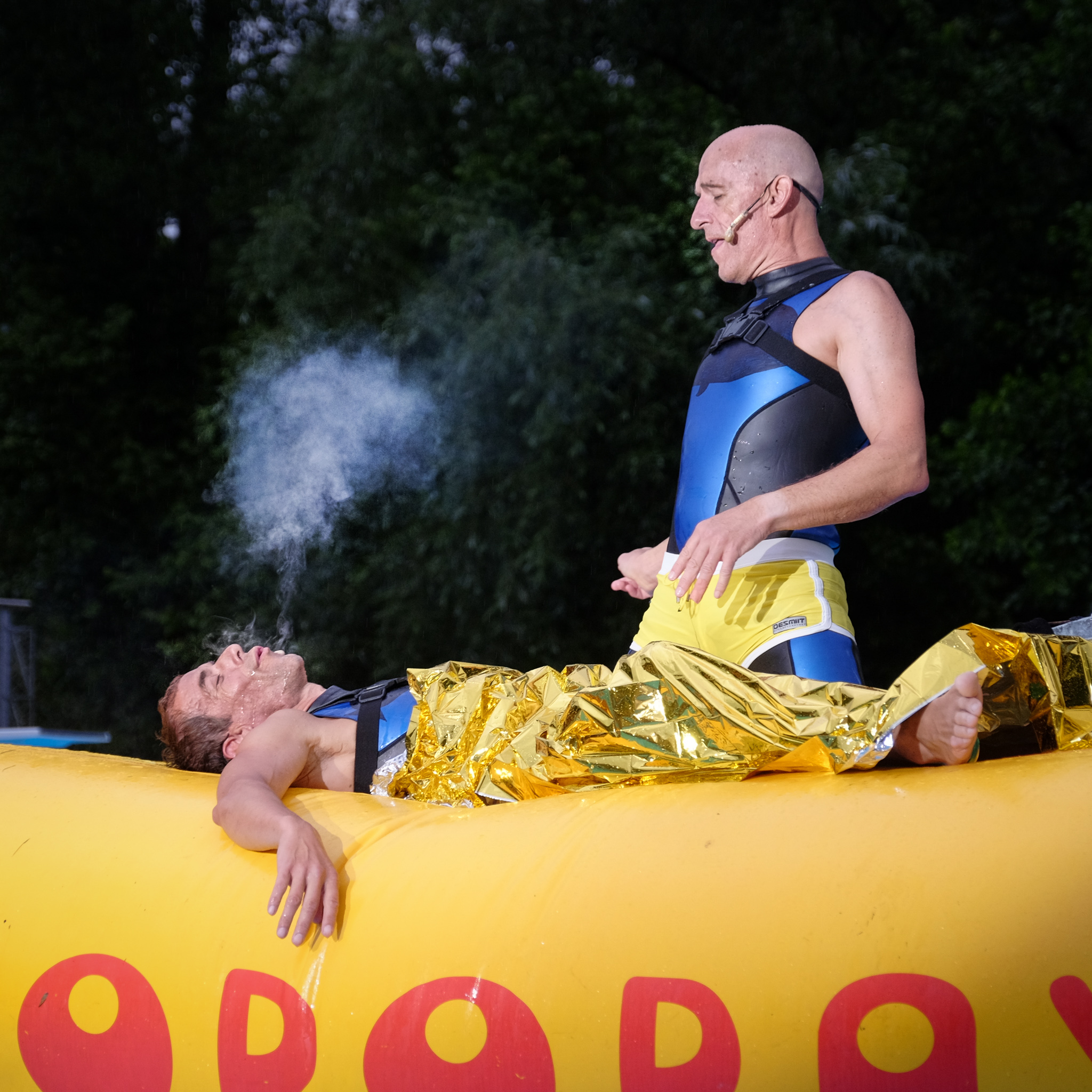 Oropax Pool Show