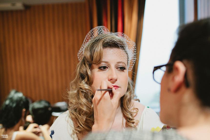 Bride Getting Ready - 5083