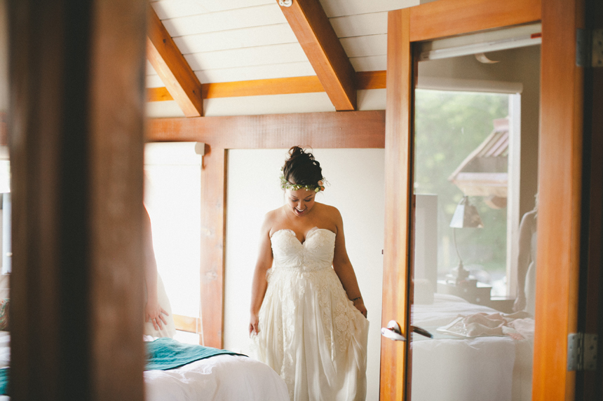 Ucluelet Bride Getting Ready
