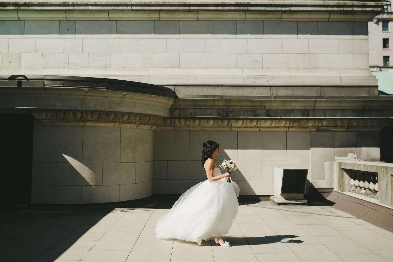 021-vancouver-wedding-photographers.jpg