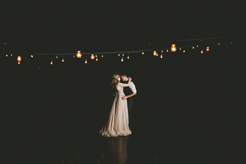 37-040-maui-destination-wedding-photos.jpg