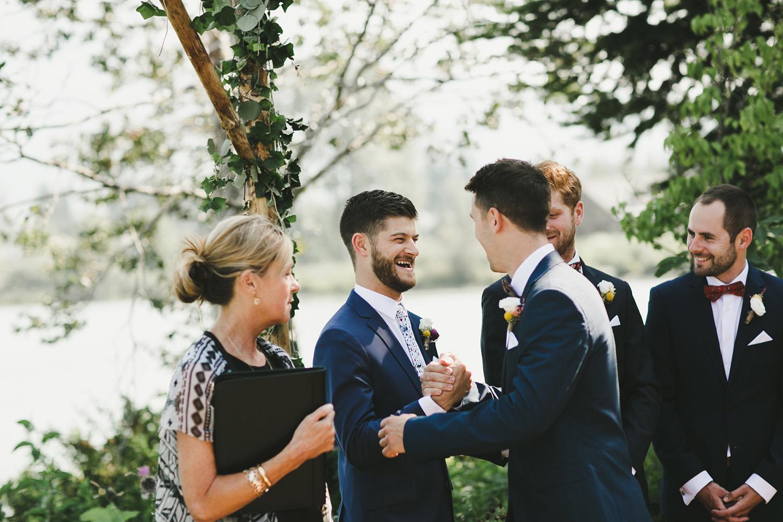 050-edgewater-lodge-destination-wedding.jpg