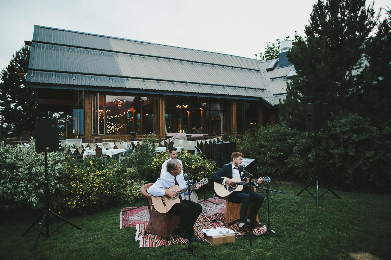 153-vancouver-wedding-photographer.jpg