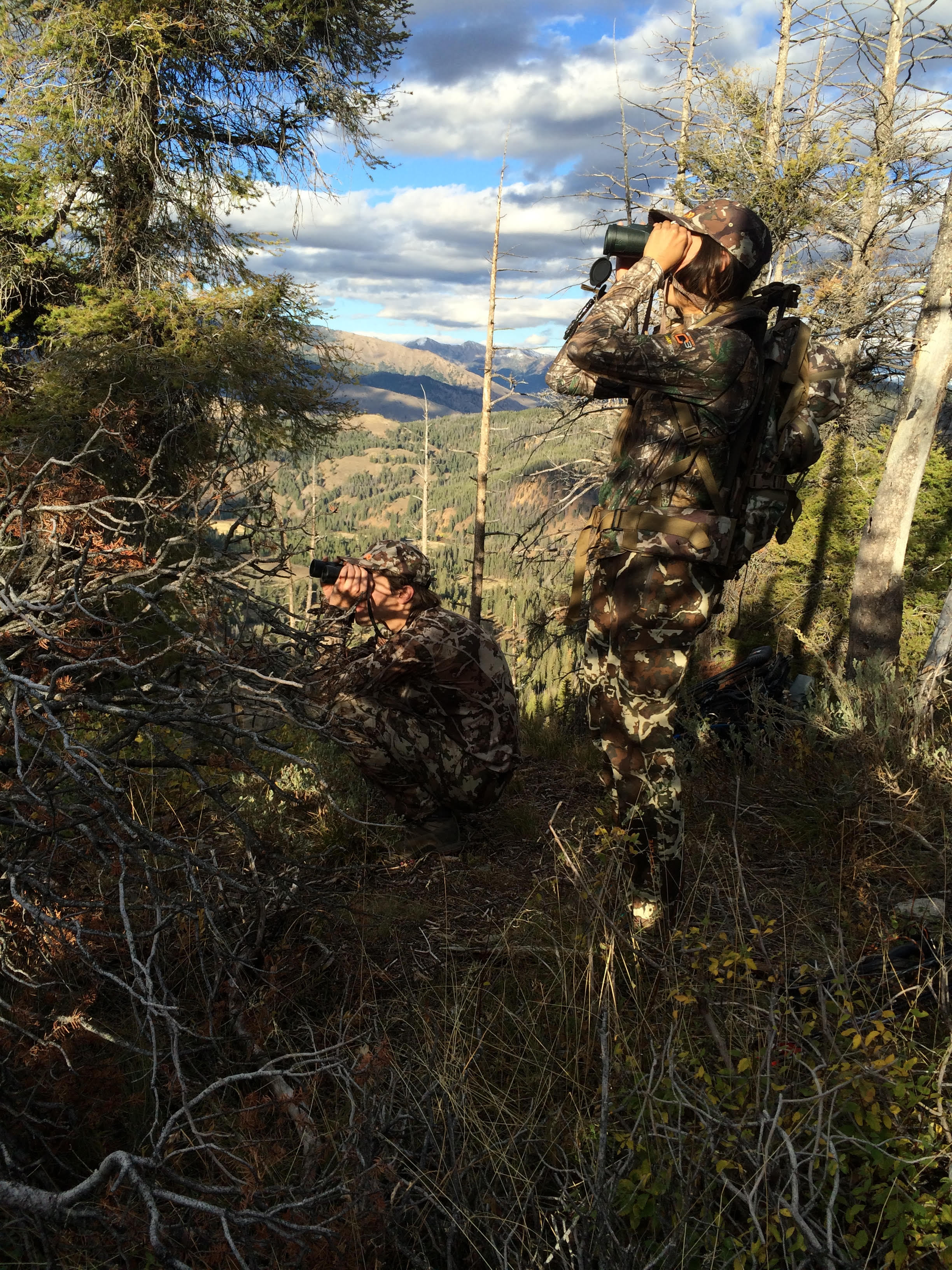 Girls hunts elk for the first time.jpg