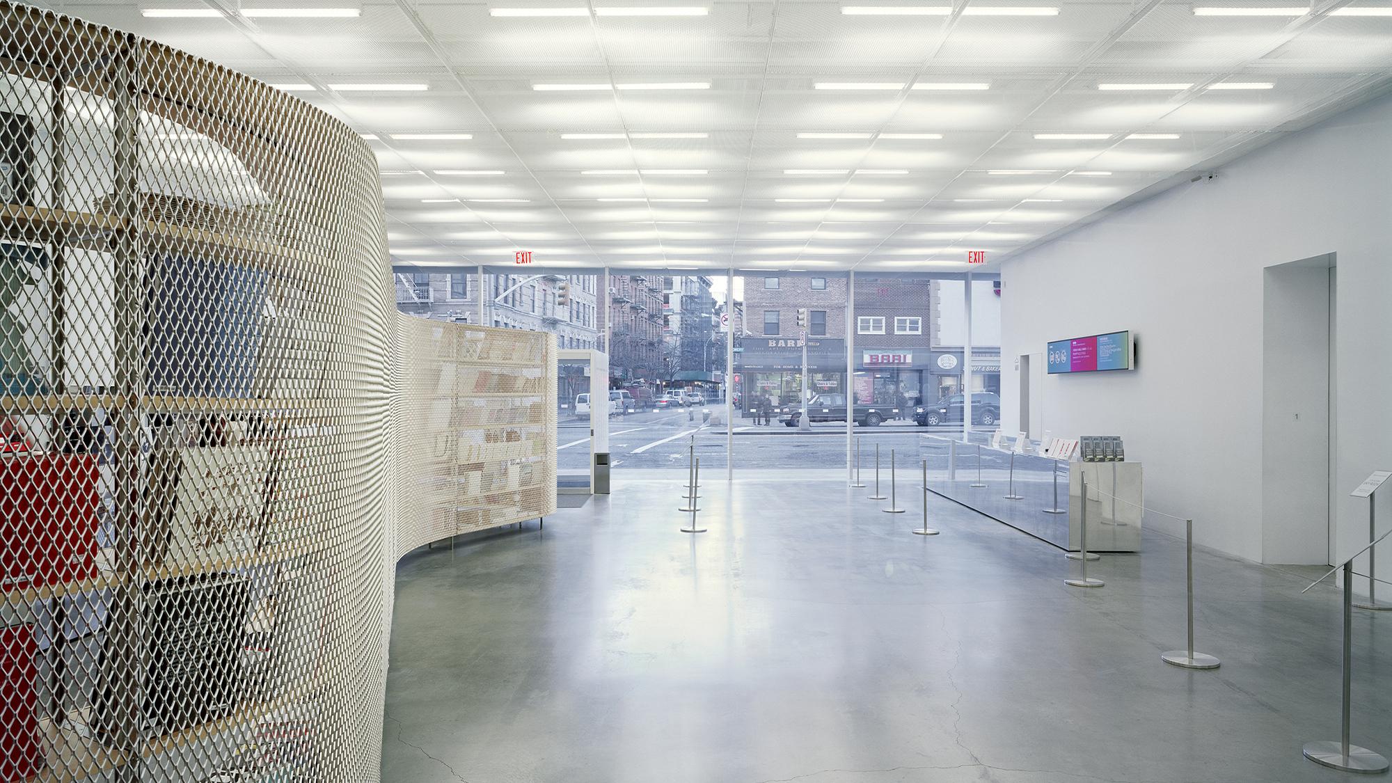 NEW MUSEUM  SANAA