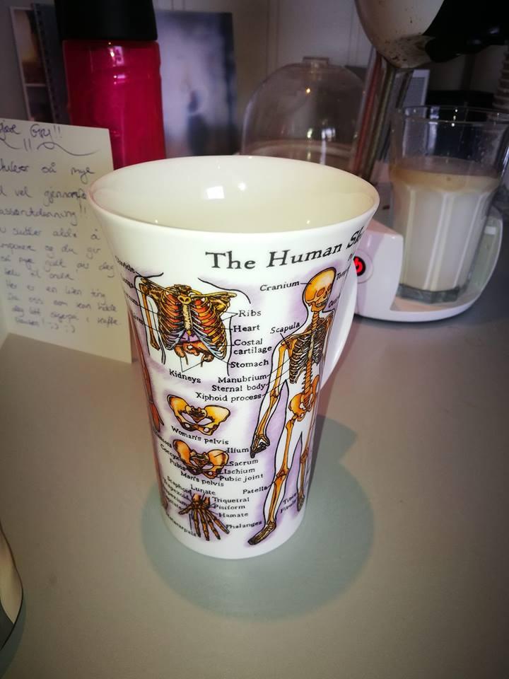 En kopp Gry fikk som gave da hun var ferdig med sin massør utdannelse :-)