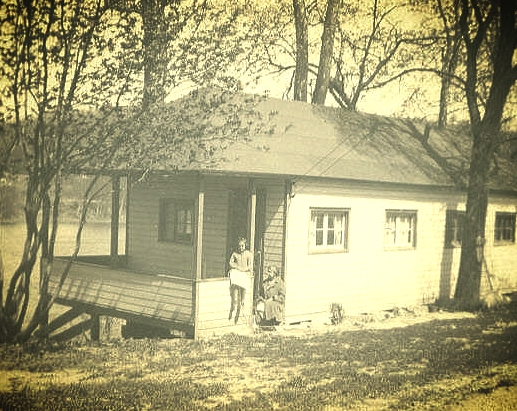 Cabin 1 Elsie.jpg