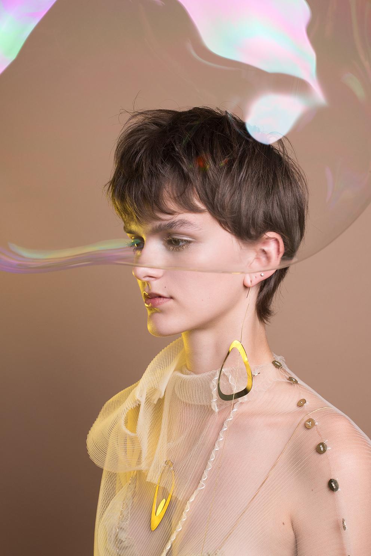 imke-panhuijzen-the-golden-bubble-1-lr.jpg