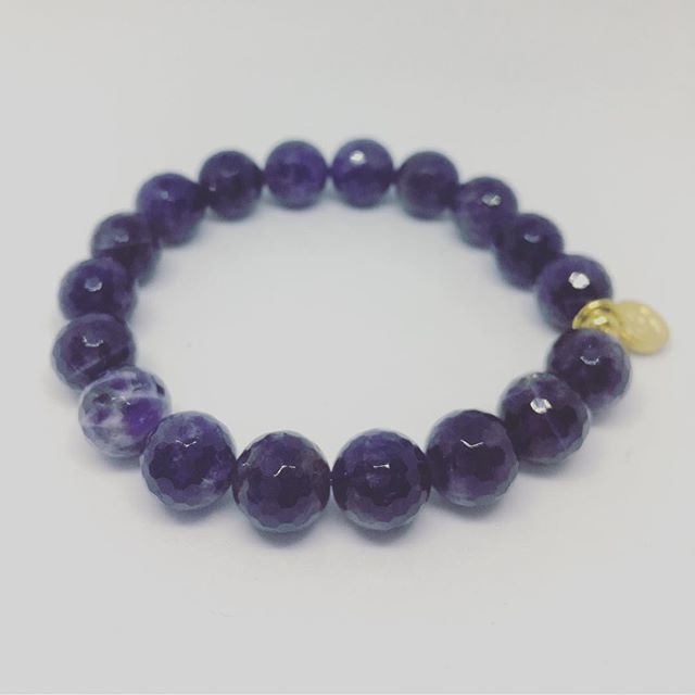 """Amethyst Bracelet • Amethyst is a remarkable stone of spirituality and contentment, known for its metaphysical abilities to still the mind and inspire an enhanced meditative state. Its inherent high frequency purifies the aura of any negative energy or attachments, and creates a protective shield of Light around the body, allowing one to remain clear and centered while opening to spiritual direction.  Amethyst's ability to expand the higher mind also enhances one's creativity and passion. It strengthens the imagination and intuition, and refines the thinking processes. It helps in the assimilation of new ideas, putting thought into action, and brings projects to fruition. It is a talisman of focus and success. Called """"the soul stone,"""" Amethyst assists in understanding and connecting to the eternal existence of the soul and initiates one's own deep soul experiences.  #amethyst #gemstone #heal #alignwithyoursoul #align #soulstone #protect #expand #malashakti #bracelet #amethystbracelet"""