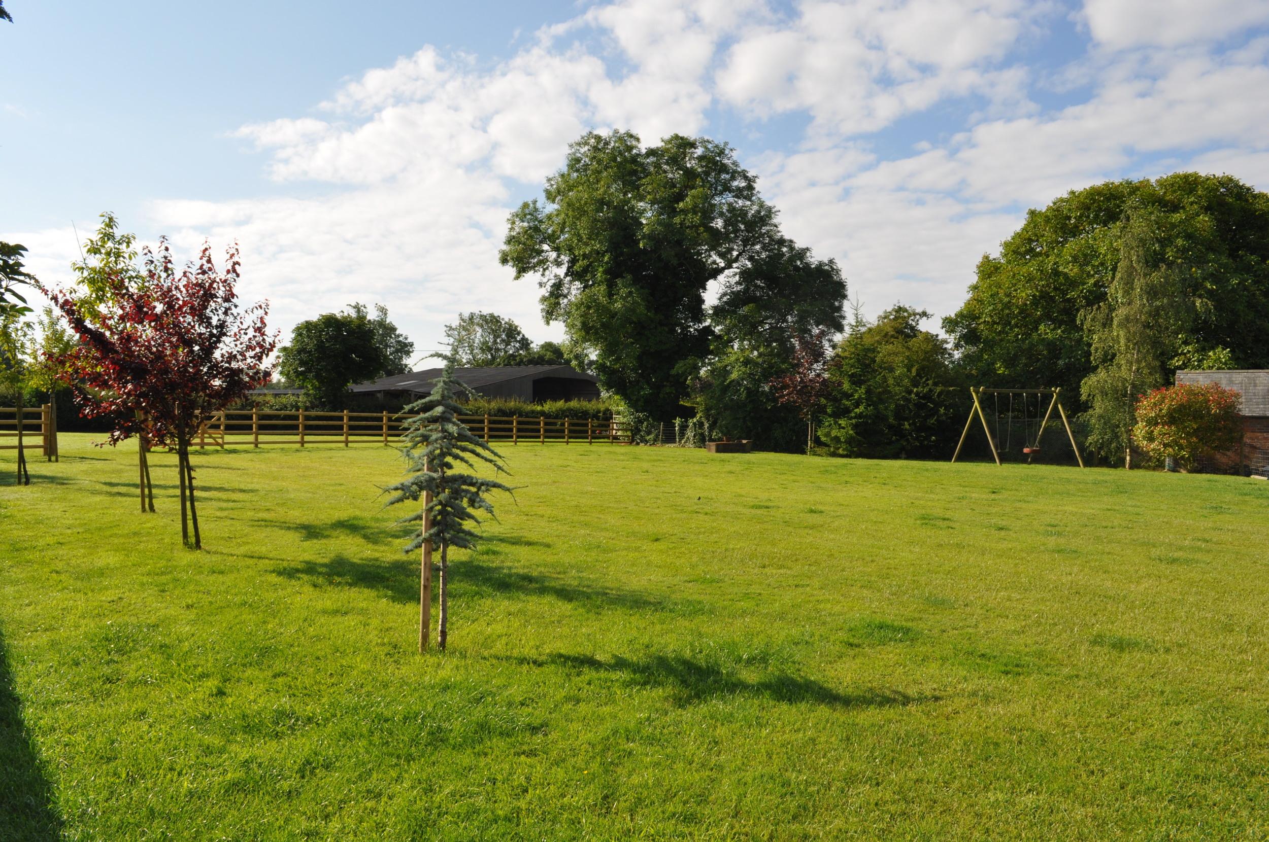 Hall Farm Gardens