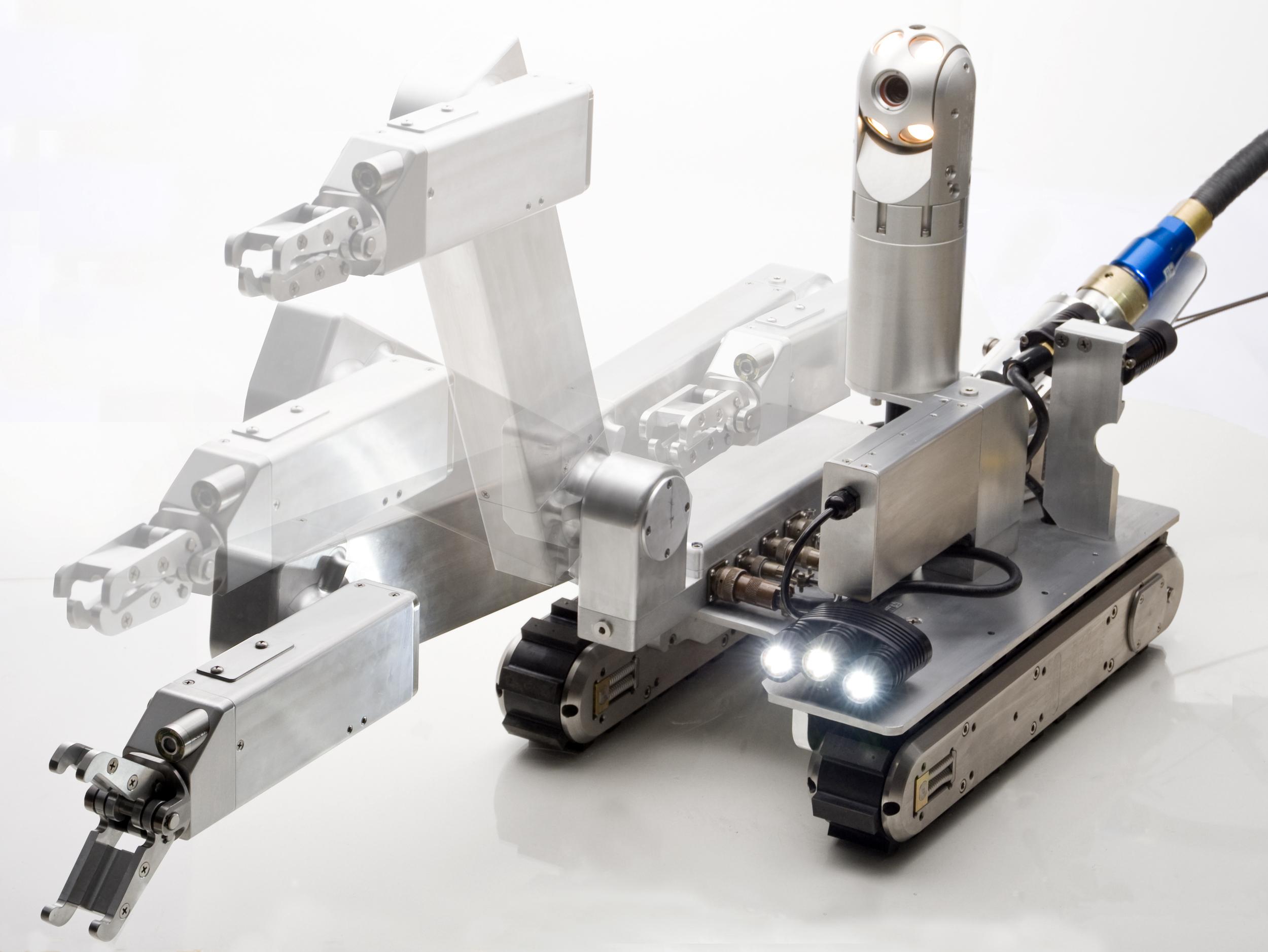Inuktun Versatrax 450™ FOSAR Crawler