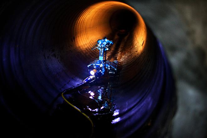 Inuktun Versatrax 150™ Photo:  Jason Thomas Fritz/Wired