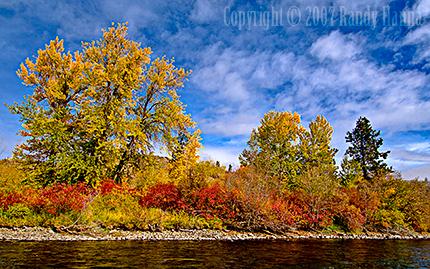 Yakima River, Near Ellensburg, WA  Nikon D2x, 12-24 Nikon f4 @ 12mm, ISO 200 1/45sec @ f13