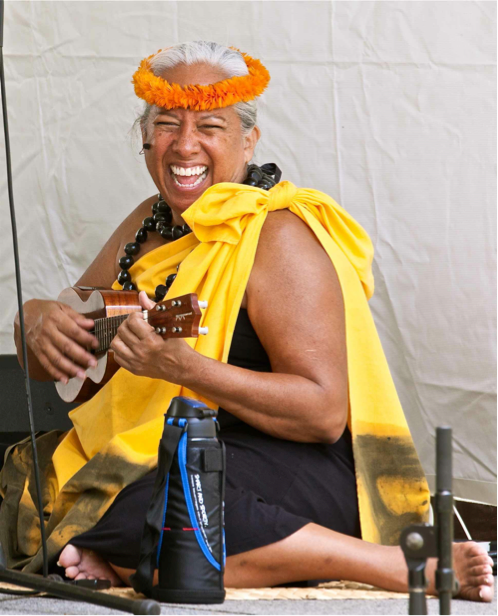 Māpuana de Silva, Hālau Mōhala 'Ilima.png