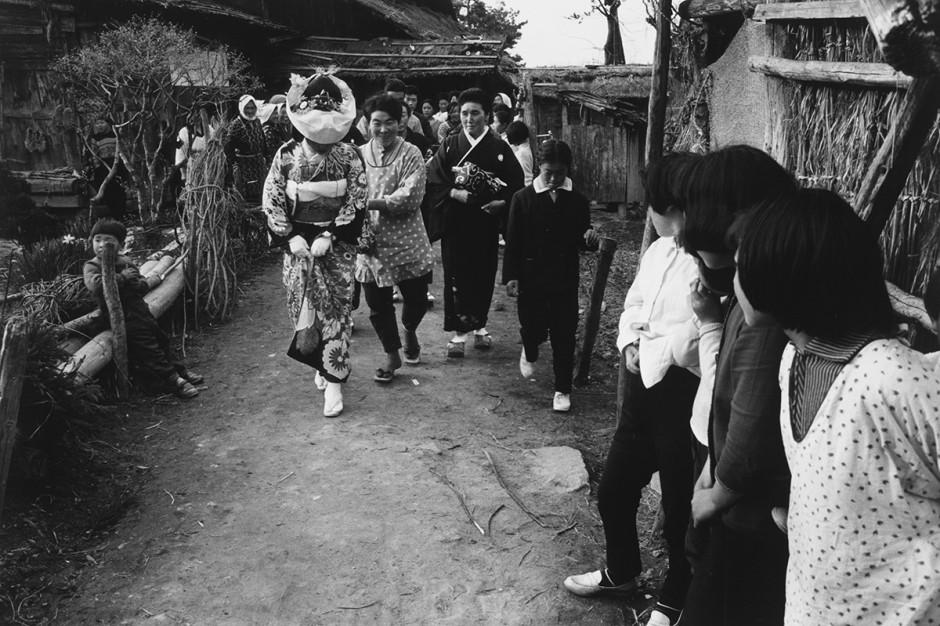 —04.Ihei Kimura A Bride, 1965.