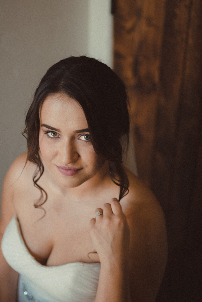 Lake Tahoe California Wedding Photographer bridal portraits photo in her Watters gown
