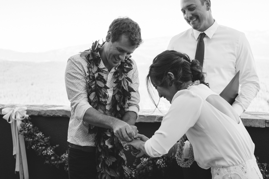 North Tahoe Lodge wedding venue ceremony photo