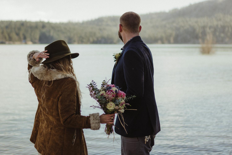 Scotts Flat Lake wedding photographer