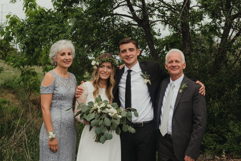 Vacaville wedding family portraits photo