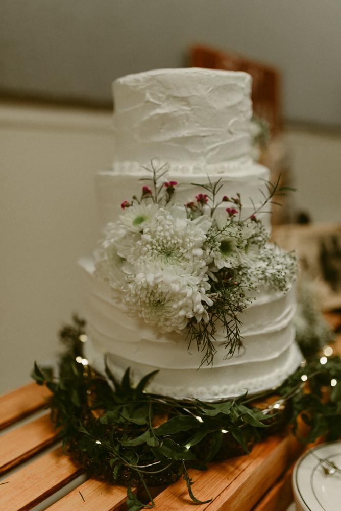 Vacaville wedding cake photo