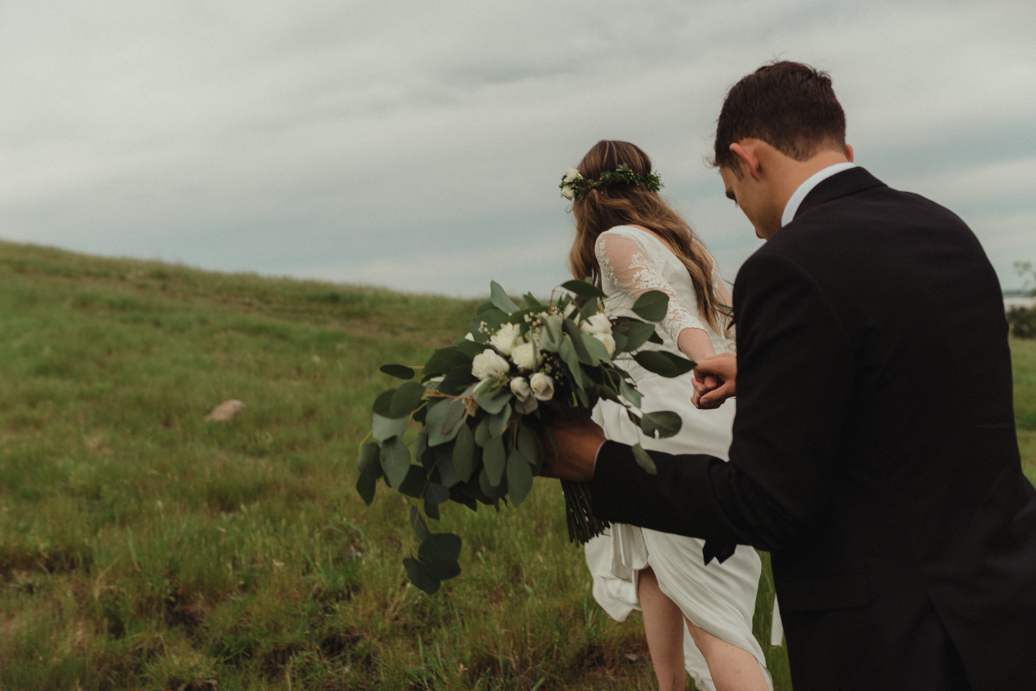 Vacaville wedding couple holding hands photo
