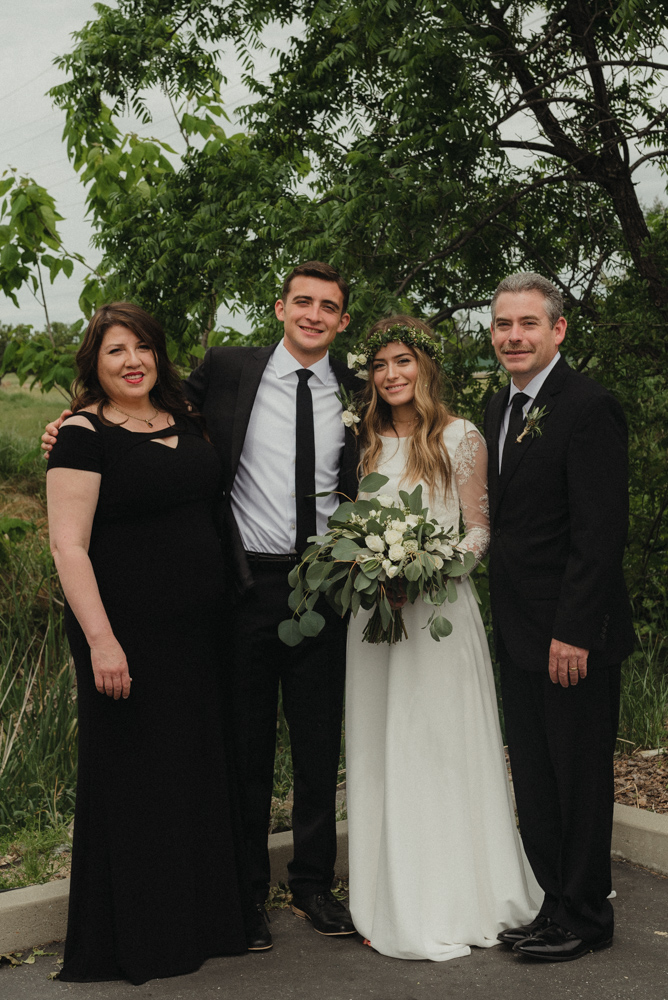 Vacaville wedding family photo