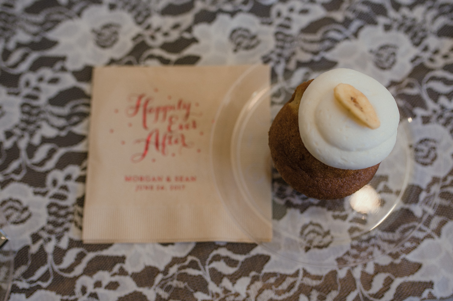 Wilbur D May Museum wedding, vegan cupcake photo